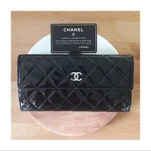 ▪️Host Pick▪️Authentic Chanel Patent Wallet